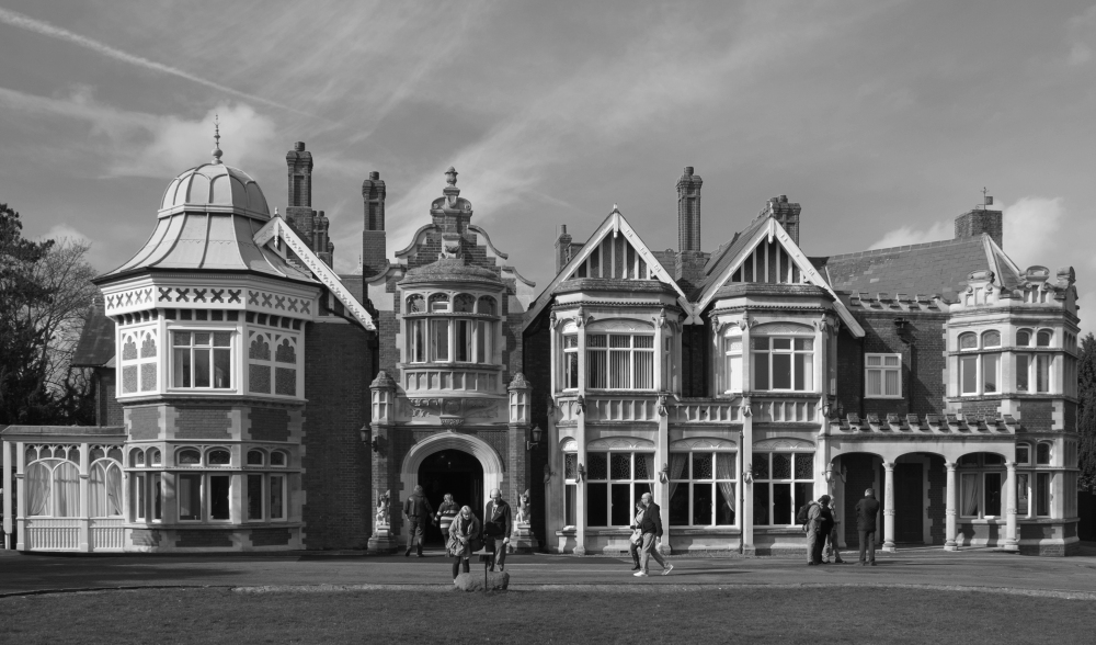 Bletchley_Park_Mansion BW